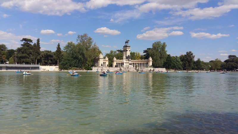 Kayaking at Retiro Park